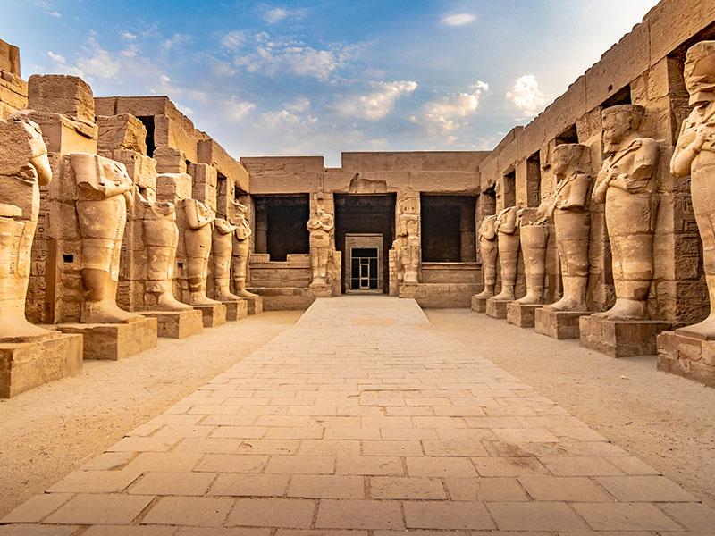 Nilo y Nasser - Salidas lunes
