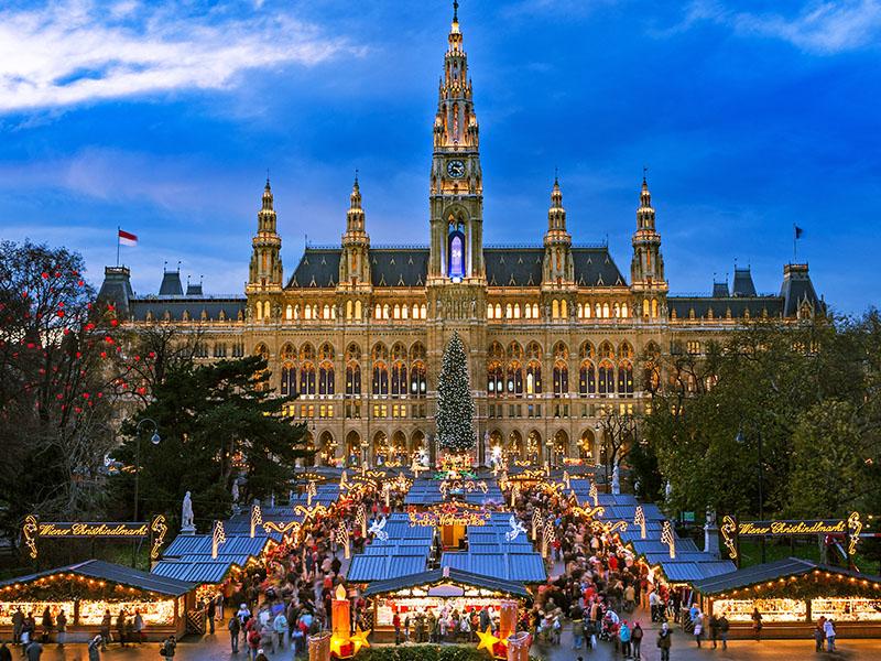 Viena - Fin de Año con concierto de la Filarmónica
